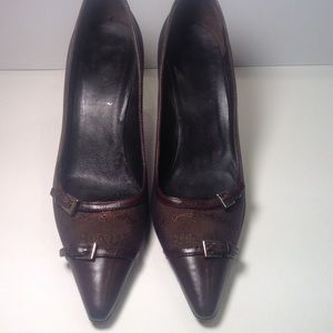 Prada  brown point toe pump.